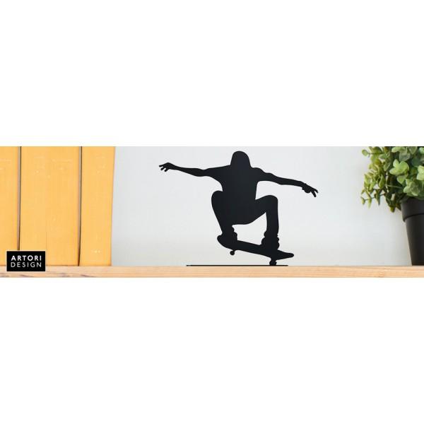 Extreme Skateboard Rider