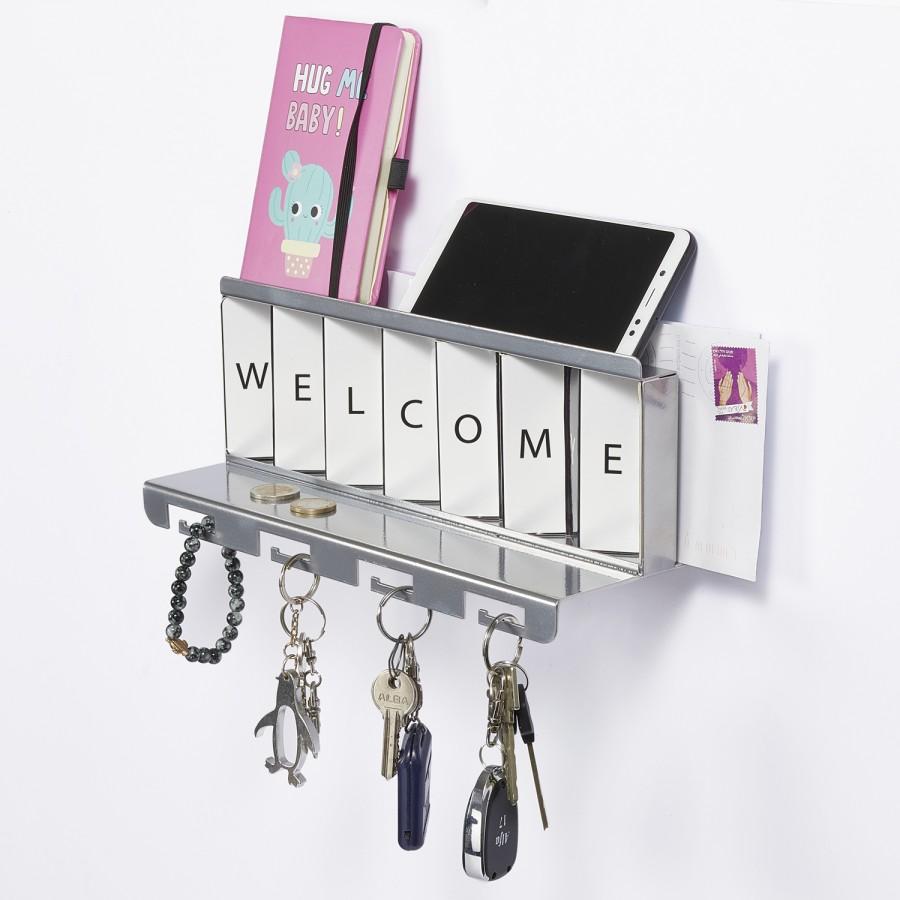 Greetings Metal Silver by Artori Design